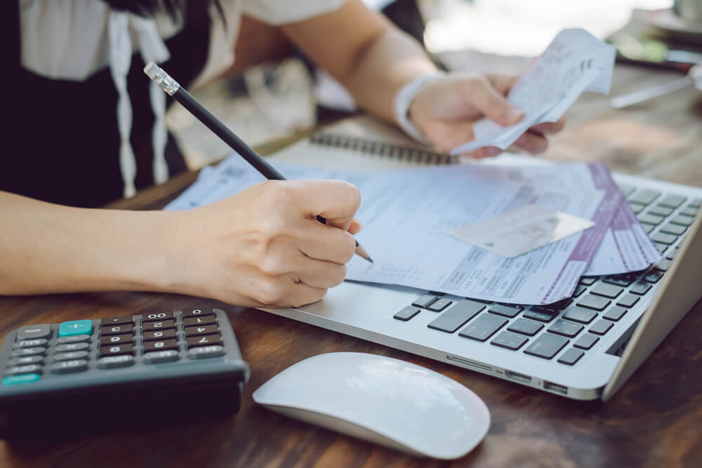 can business debt affect personal credit?